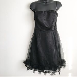 The limited Women Black Cocktail Dress NWT Size 4